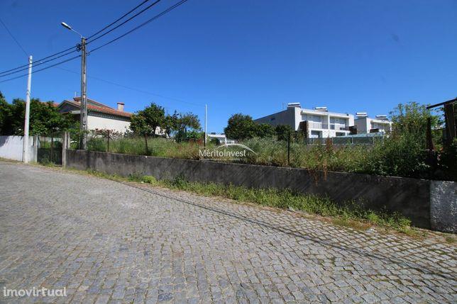 Terreno para construção na freguesia de Viatodos-Barcelos
