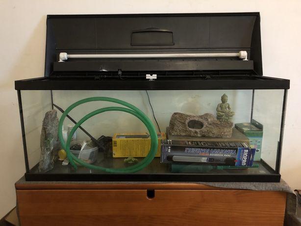 Aquario com kit completo (lê a descrição)