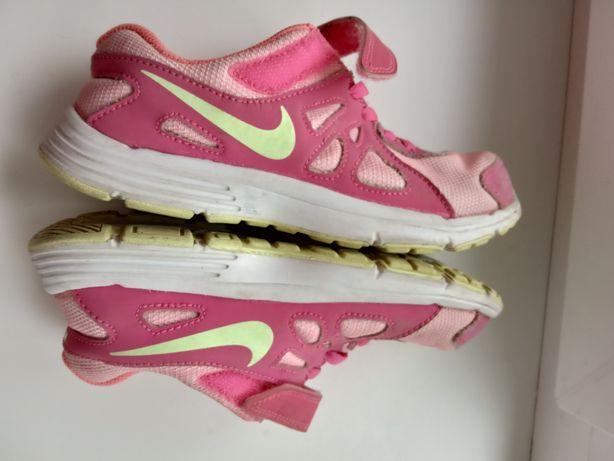 Кроссовки на девочку Nike оригинал размер 33