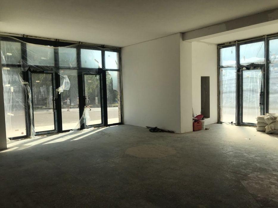 Здам 600 м2 комерційне приміщення Каменец-Подольский - изображение 1