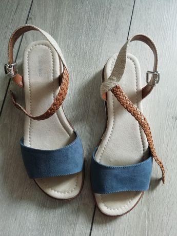 Sandałki letnie 39