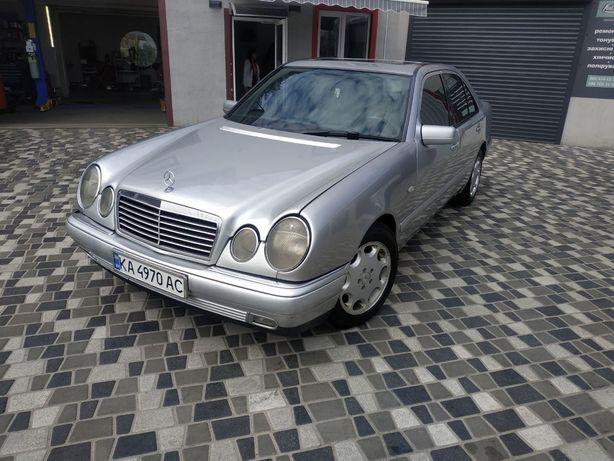 Мерседес 210 Mercedes W210