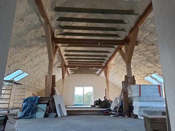 Ocieplenie pianą pur dach, poddasze, fundamenty, Izolacje natryskowe