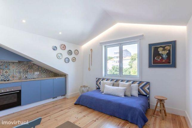 Apartamento T0 NOVO na rua São Vitor na Baixa do Porto