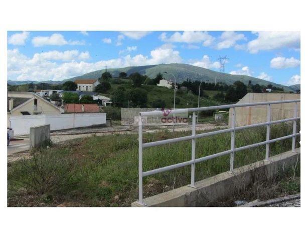 Terreno para construção Moradia 2 Pisos / Abrigada - Alen...