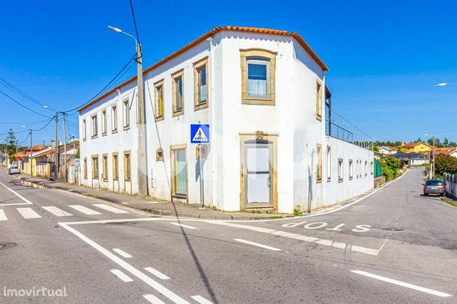 Prédio T7 DUPLEX Venda em São Miguel do Souto e Mosteirô,Santa Maria d