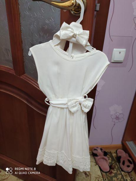 Платье на крестины. Слоновая кость. Платье с поясом и повязка на гол