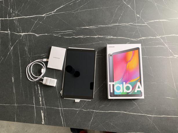 Tablet Samsung Galaxy Tab SM T-515 A 10 cali LTE SIM Prawie nowy