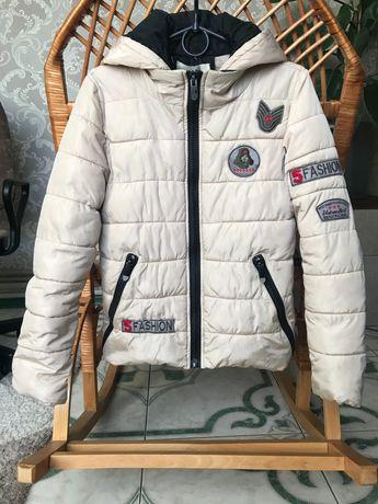 Куртка осенняя бежевая