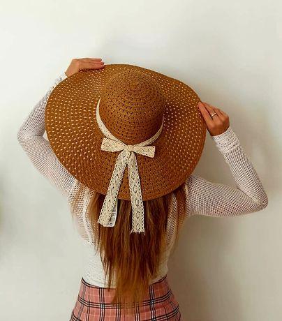 Nowy kapelusz ze wstążką w koronkę rozmiar 57cm