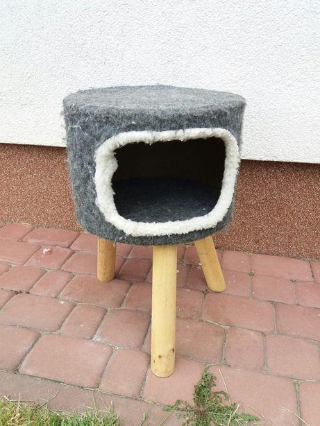 Domek budka dla kota