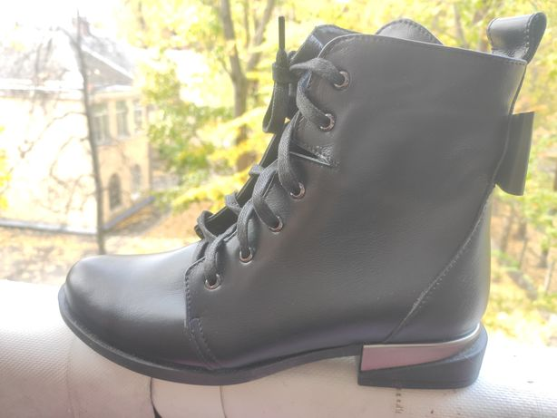 Ботинки, сапоги женские кожа 37р.