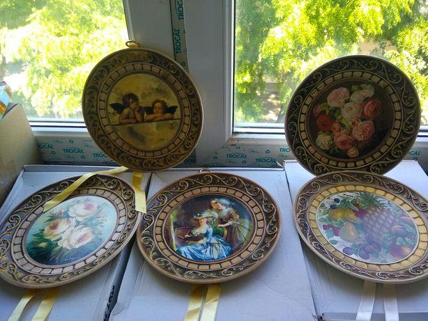 Тарелки коллекционные, настенные, новые, Италия