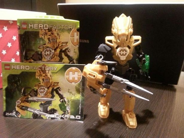 Lego hero facto Rocka 3.0