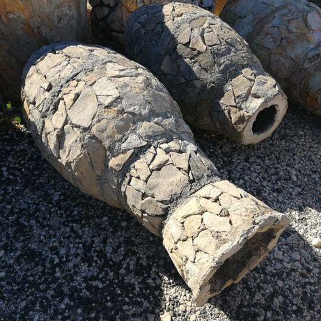 Vasos em Pedra Rústica e cimento