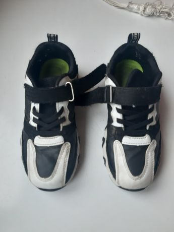 Кросівки 33 розмір