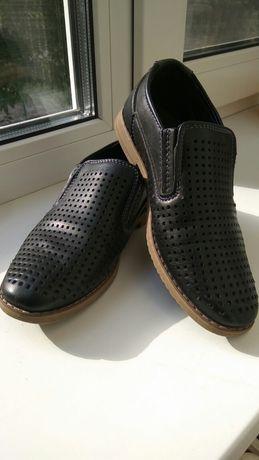 Классические дышащие туфли