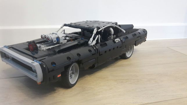 Dodge charger 42111 Lego technic