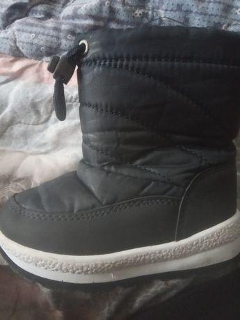 Зимові черевичкі