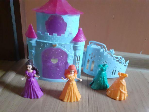 Zamek i księżniczki