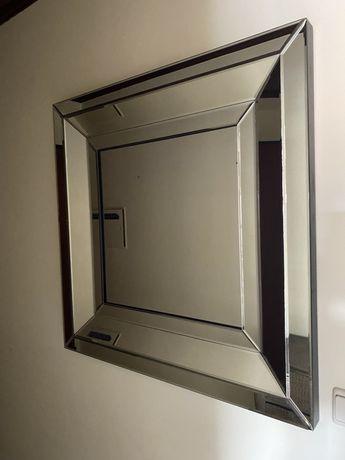Espelho quadrado espelhado