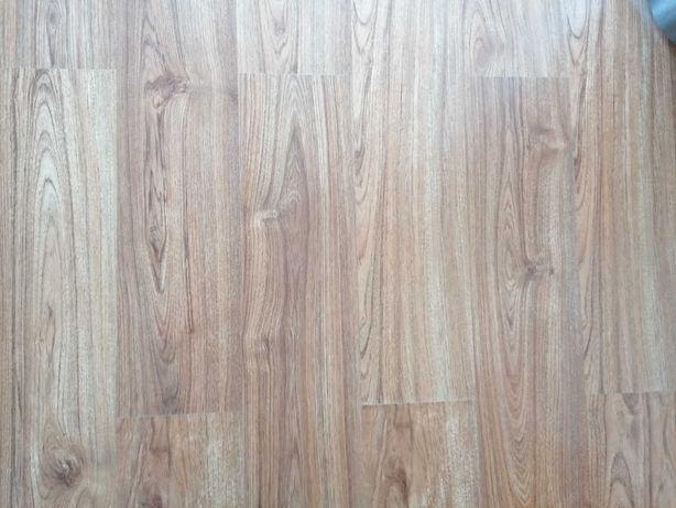 Panele podłogowe i listwy sprzedam