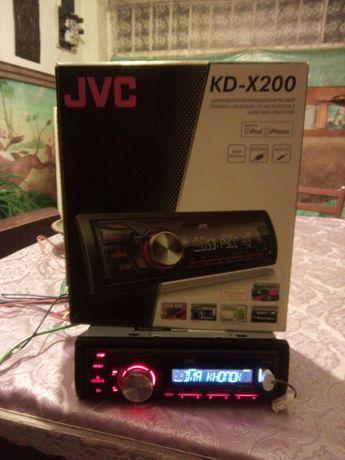 Продам JVC KD-X200