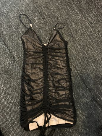 Sukienka prettylittlething sexi