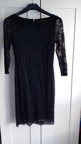 Czarna koronkowa sukienka Reserved XS