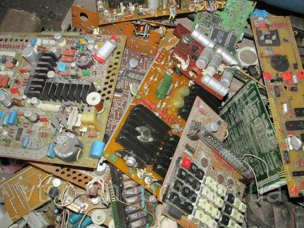 Утилизация старых телевизоров, платы СССР