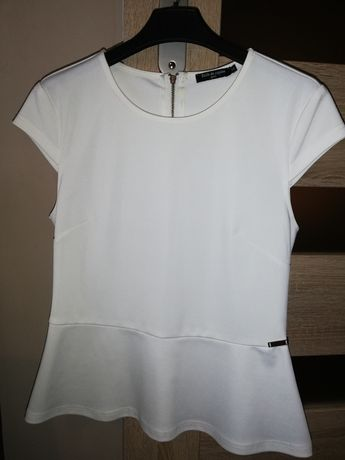 Bluzka biała z baskinką rozmiar M