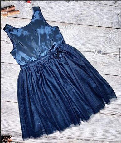 Шикарное платье с мерцанием H&M на девочку 7 лет