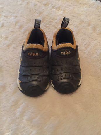 Tenis Nike de bebe