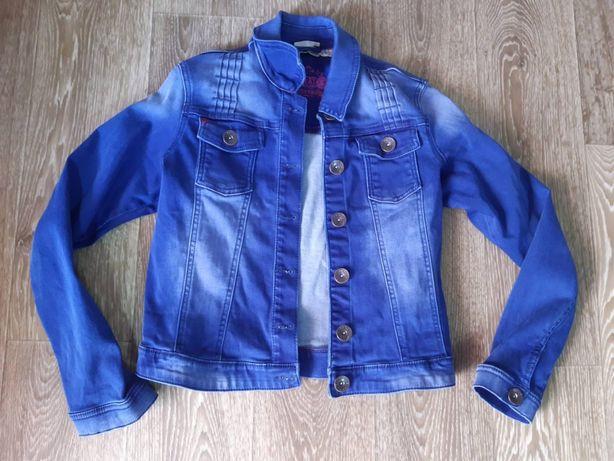 Джинсовая куртка 164 см.