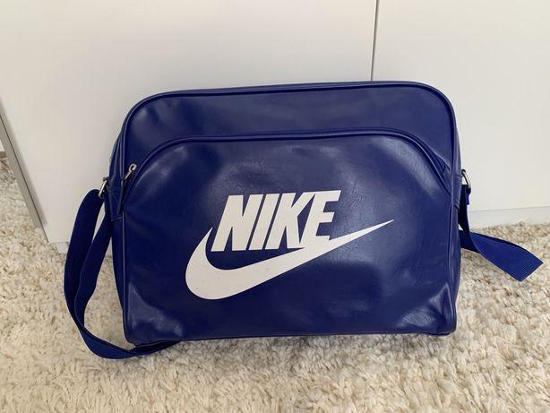 Sprzedam torbe NIKE