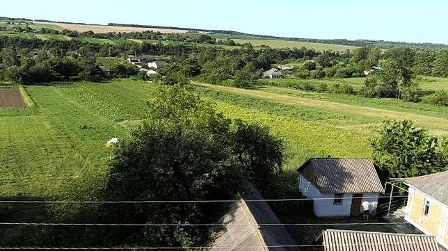 Продам житловий будинок в с. Березна Вінницької області (Хмільник)