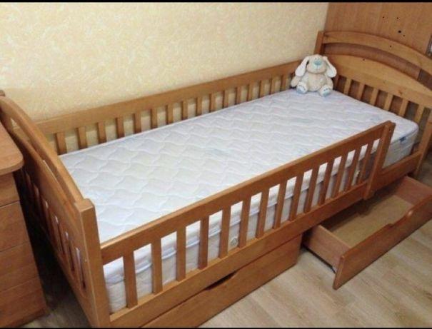 """""""Карина Люкс""""Односпальная с бортвми детская кровать.Комплект по акции."""