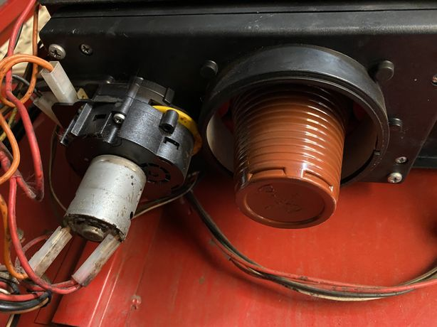 Механизм выдачи стаканов в кофеавтомат мк 1 мк2
