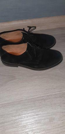 Замшевые туфли на мальчика