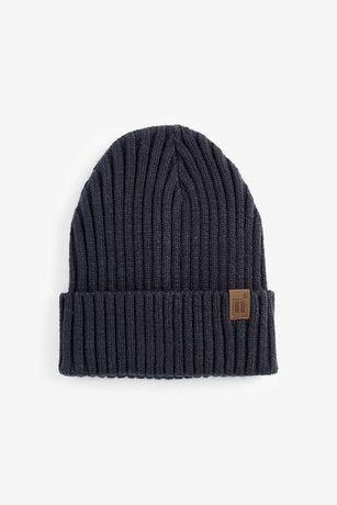 Новая шапка бини next