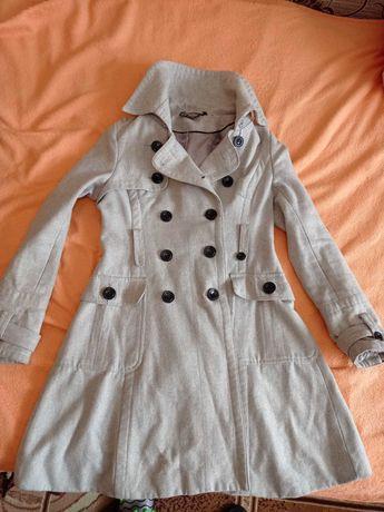 Весняне пальто 42-44