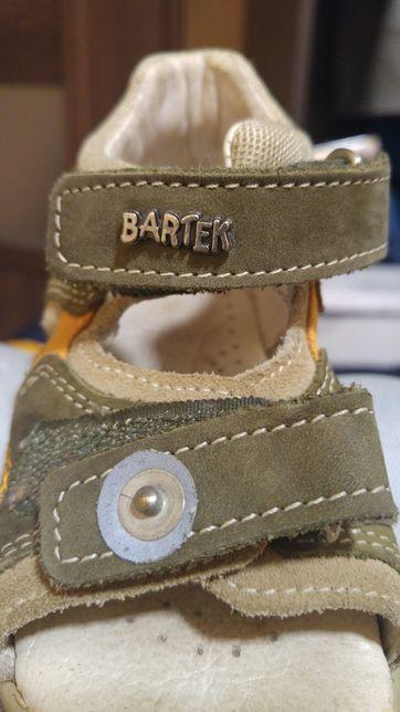 Sandałki skórzane firmy Bartek