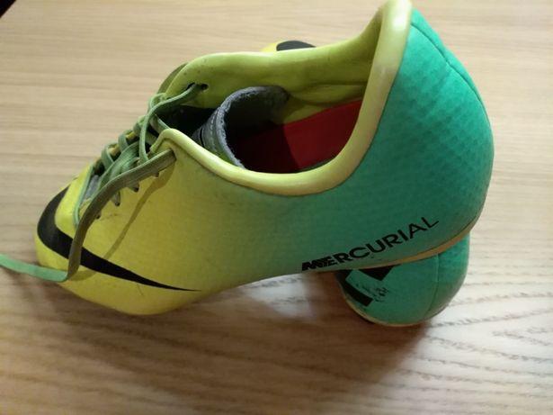 Buty sportowe korki Nike Mercurial 36