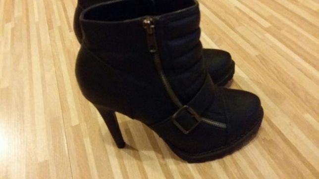 ALDO botki 38 na obcasie czarne buty na zime