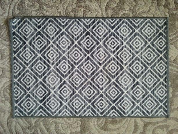 Dywan mały we wzory