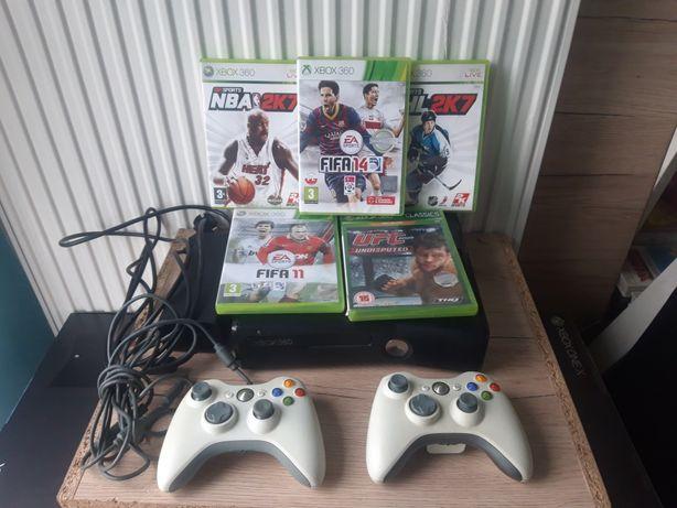 Konsola Xbox 360 Slim 4 GB 2 Pady 5 gier gry zestaw
