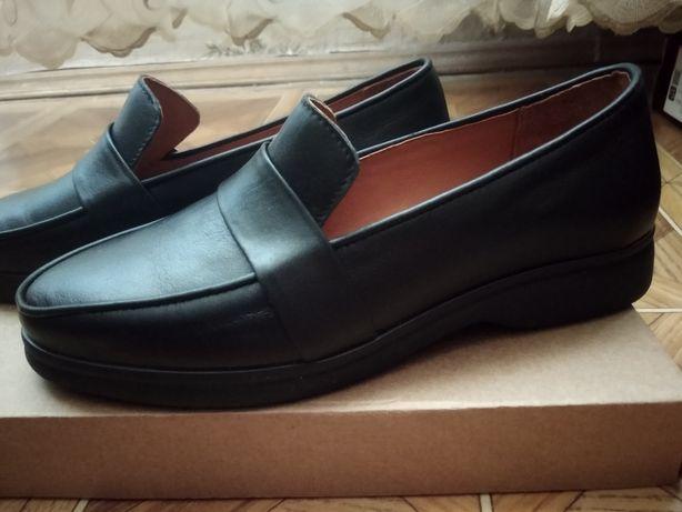 """Туфли """"Лоферы"""" (обувь)"""
