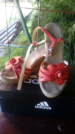 Sandały Lasocki na koturnie super