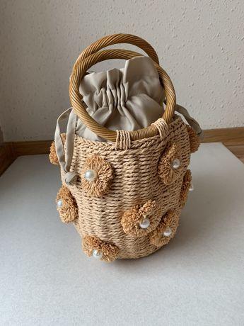 ZARA pleciony koszyk do ręki perły kwiaty