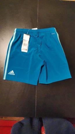Adidas spodenki chłopięce rozmiar 140